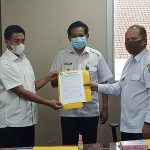 Serah terima pengelolaan SP4N Lapor dari Inspektorat ke Diskominfo Kukar